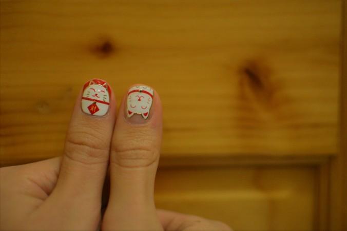 Lucky cat manicure